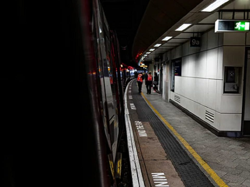 passengers-cancelled service